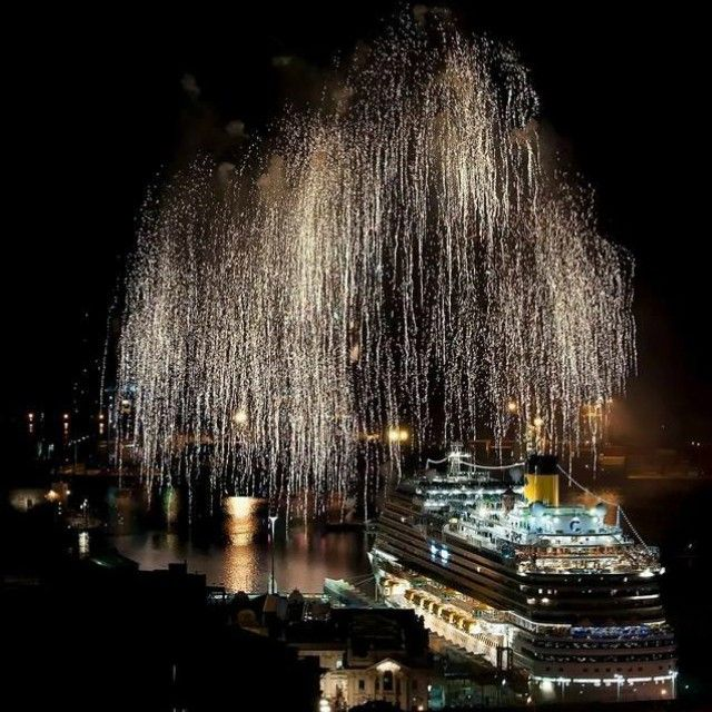 Feux d'artifice Inauguration Costa Diadema