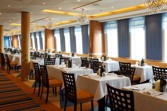 Restaurant neoClassica bateau Costa Croisières