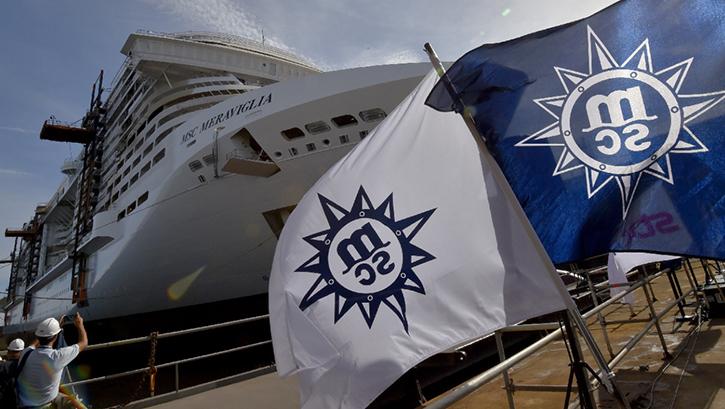 MSC Croisières: STX France met à flot le premier navire de la classe Meraviglia.