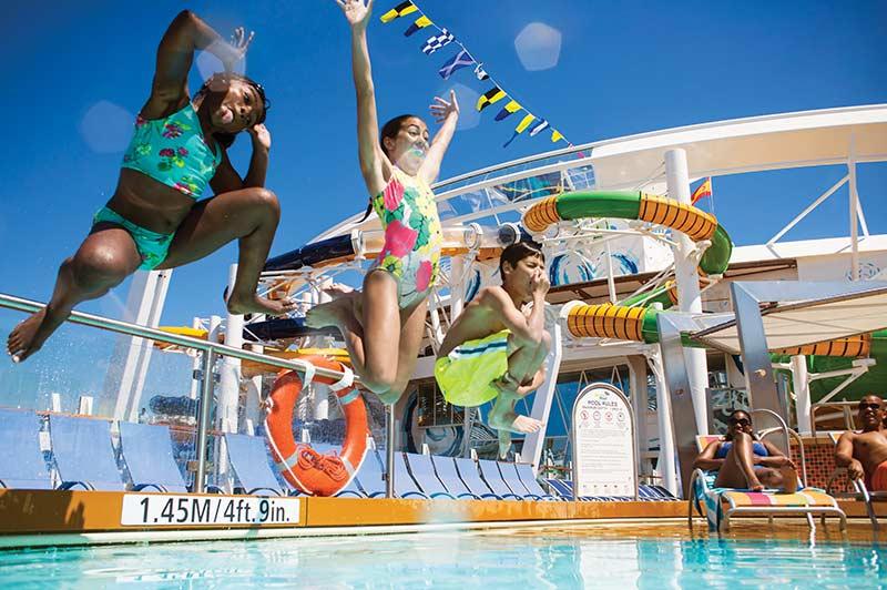 Royal Caribbean renforce la sécurité dans les piscines à bord